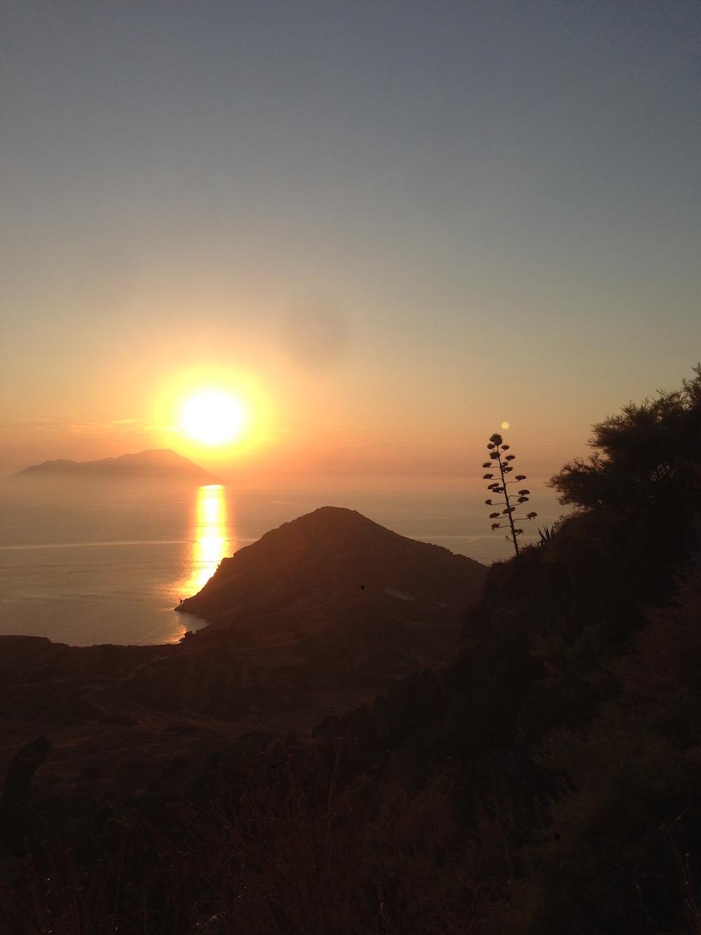 Coucher de soleil depuis Plaka, Milos