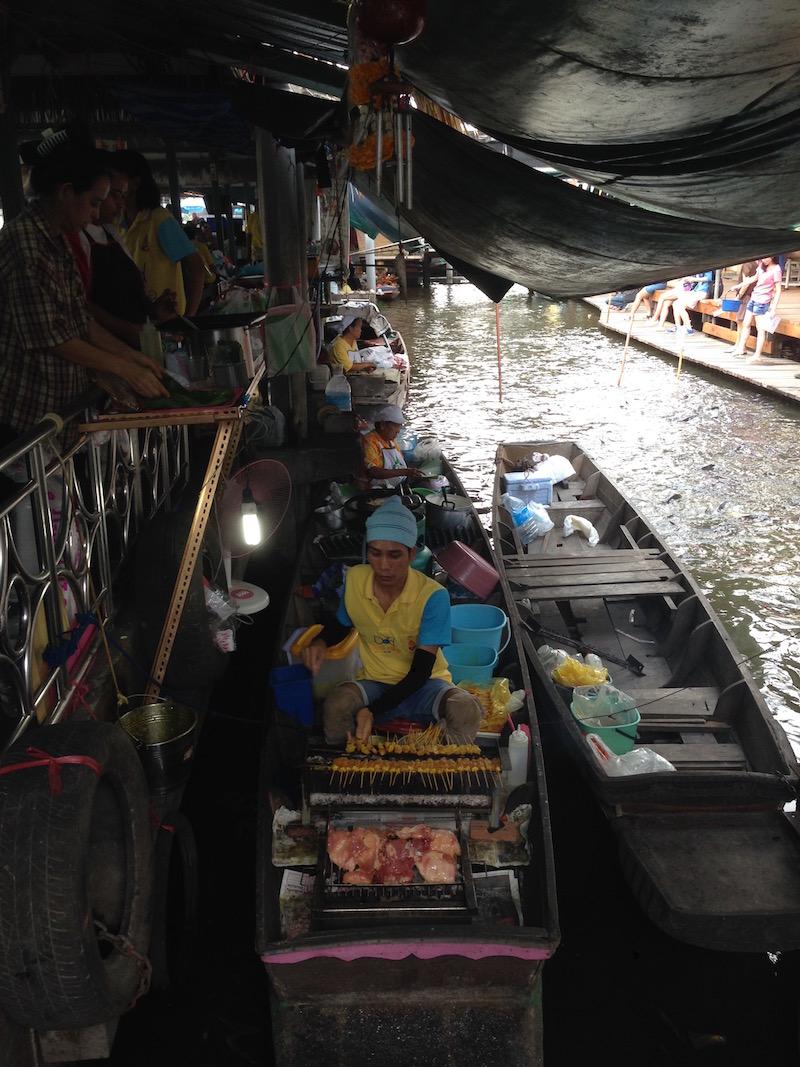 visiter Bangkok tour en bateau marché flottant Taling Chan
