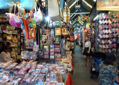 Visiter Bangkok marché de Chatuchak